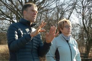 Matthias Kopp und Christine Pfeffer suchen Trost-Orte für Trauerwanderungen