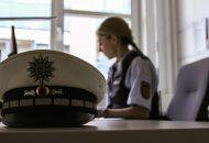 Polizistin Jasmin bei ihrem Traumjob
